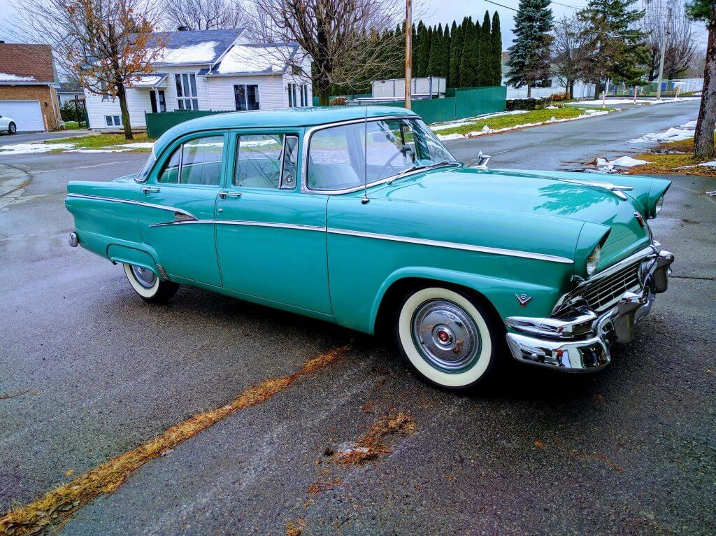 Turquoise Ford Customline