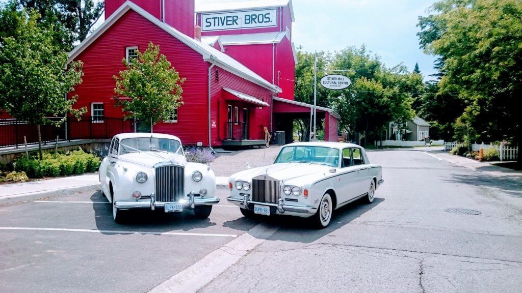 Vintage Cars in front of Heritage Building